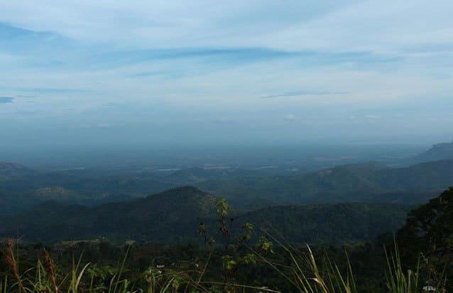 Paysage de montagnes au Sri Lanka